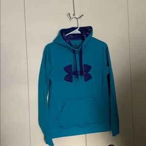 Under Armour Hoodie size small Pre owned